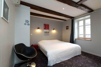 HOTEL DE LA BASILIQUE EPINAL