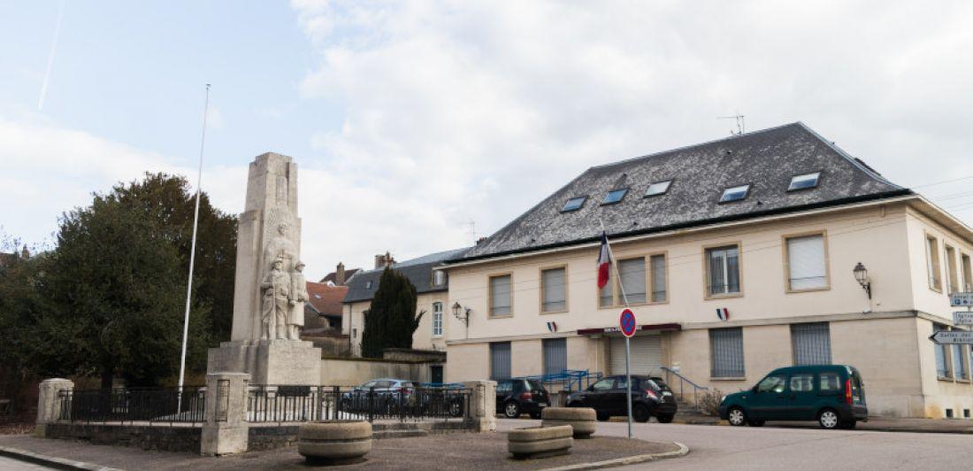Aperçu de LE CENTRE HISTORIQUE DE NEUFCHÂTEAU