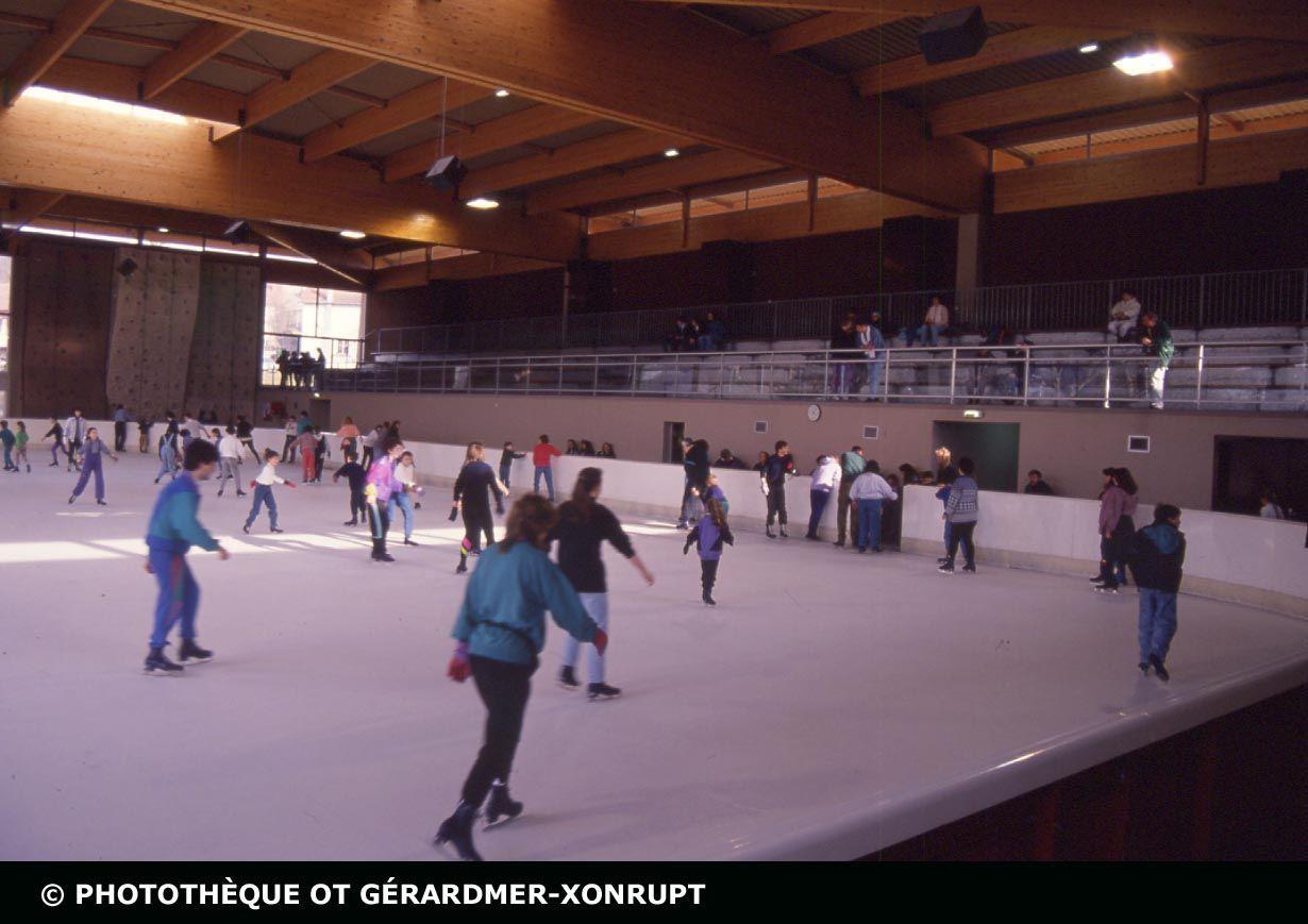 Patinoire De Gerardmer Tourisme Vosges