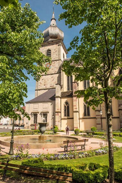 L 39 eglise abbatiale tourisme vosges - Office du tourisme remiremont ...