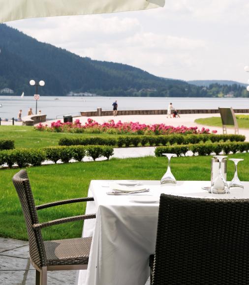 Terrasse Hôtel restaurant Beau Rivage à Gérardmer
