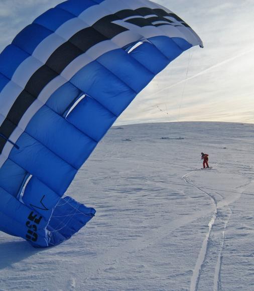 Snowkite sur la route des Crêtes