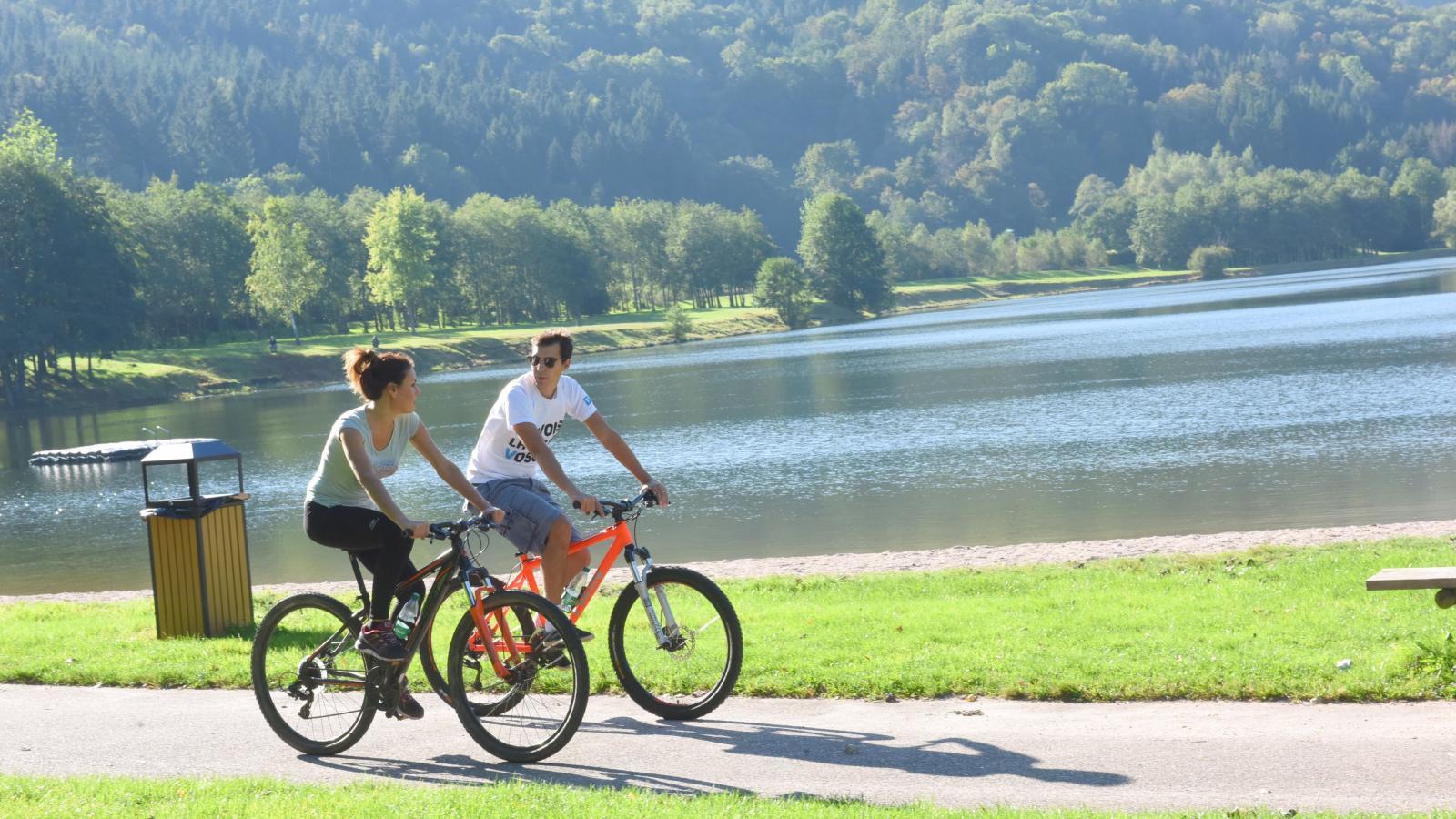 Balade à vélo autour du lac de Saulxures